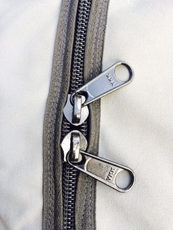 Rack Sack zip detail
