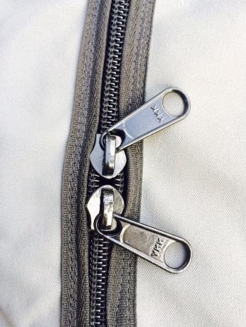 Rack Sack zip detail